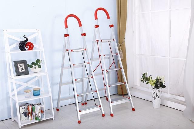 folding-ladder-1122073_640